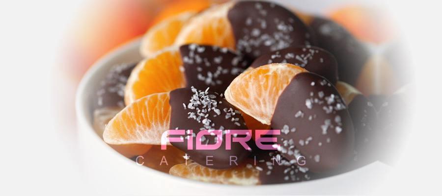 Портокал с разтопен шоколад и кокос